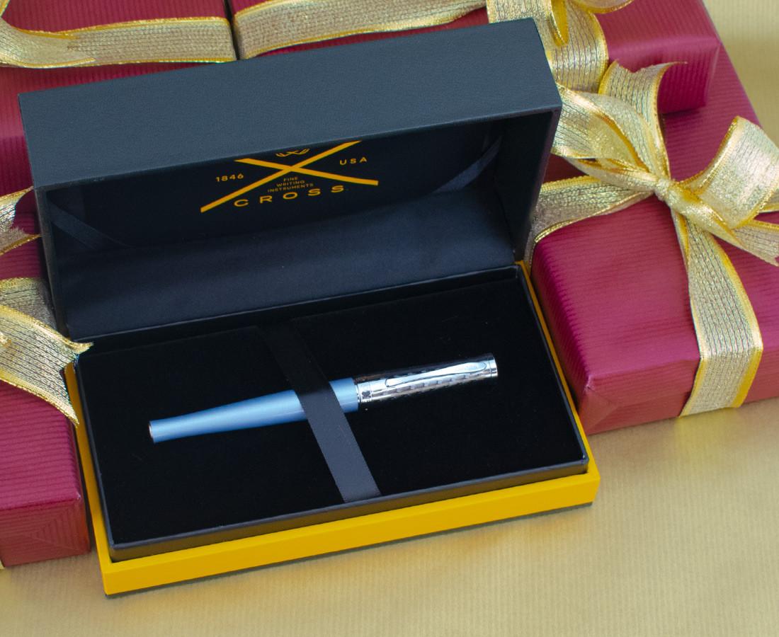 Cross Sauvage Fountain Pen - Moonstone Blue Python